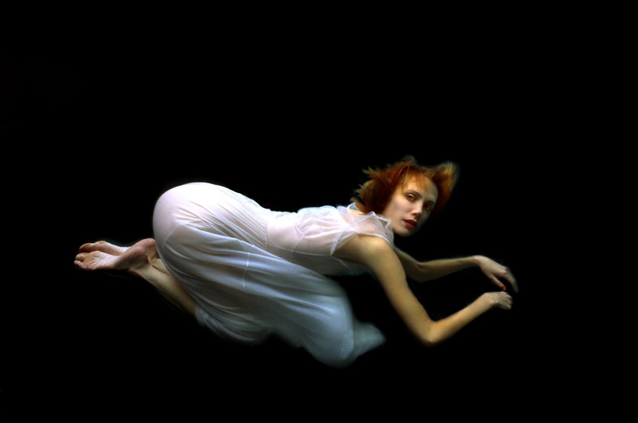 Carmen Kneeling