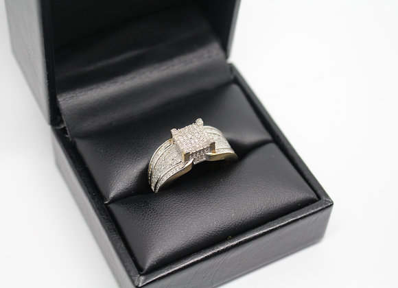 Yellow Gold 'Pinnacle' Diamond Ring