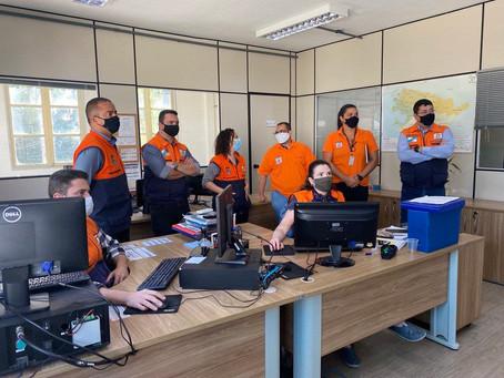 Defesa Civil  de Niterói recebe visita técnica do CEMADEN-RJ