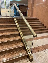 SC제일은행-계단-항균필름-시공-사진.jpg