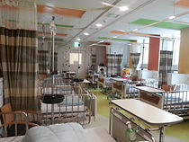 child-cancer-center_injection-room-scale