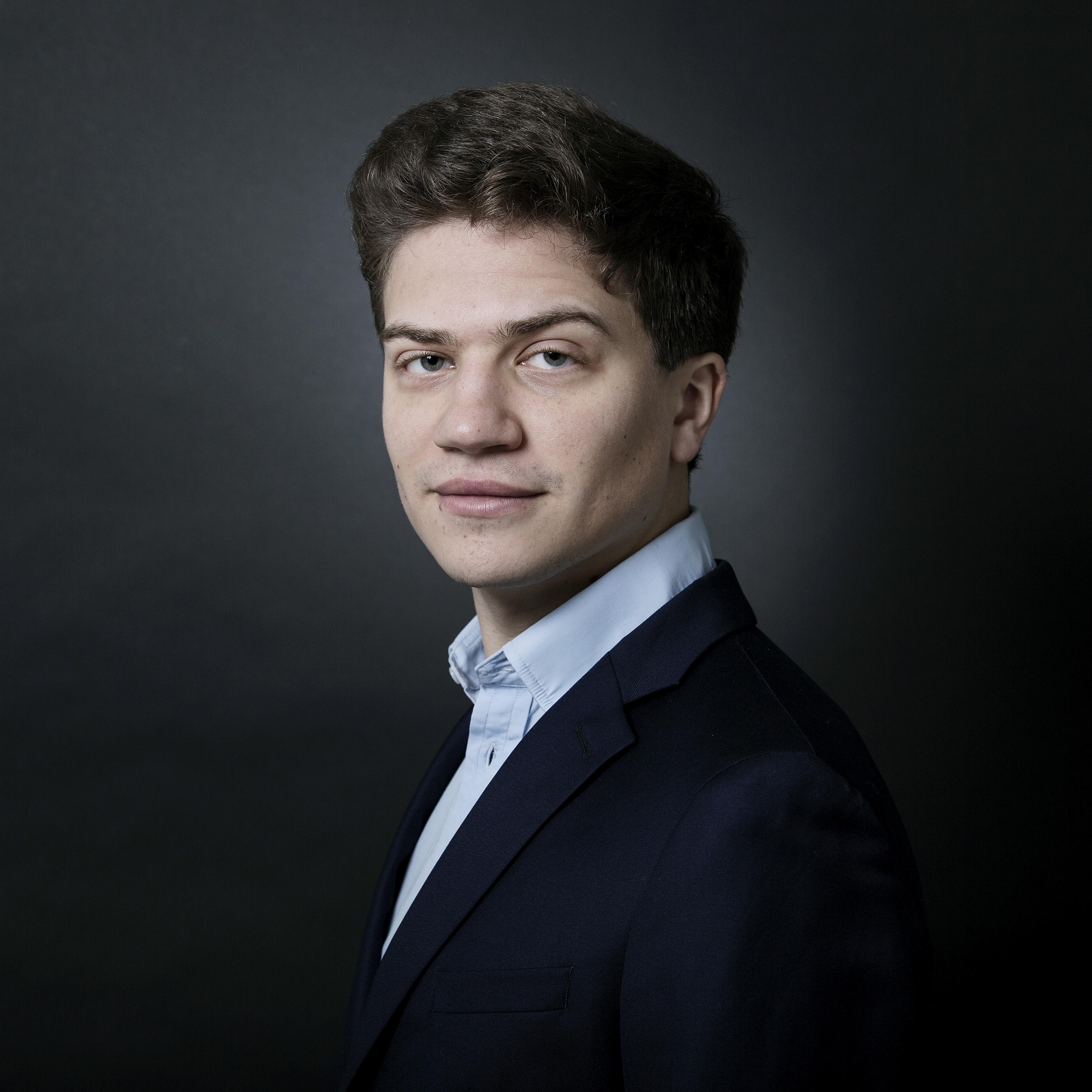 Sélim Mazari, piano