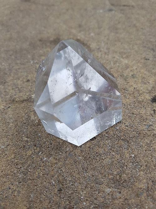 Clear Quartz point (medium)