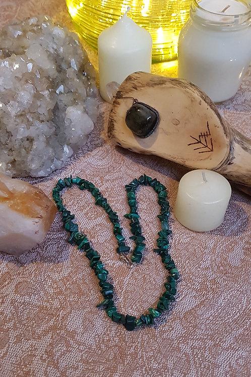 Malachite chip crystal necklace