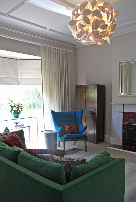 The furniture adds colour to this lounge room.