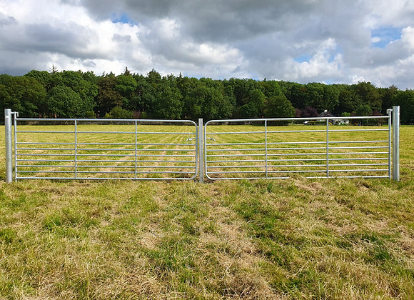 Double M4 Sheep Gate with Centre Closing Post