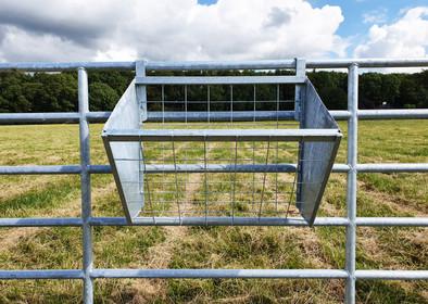 hanging-hay-basket-2.5ft.jpg