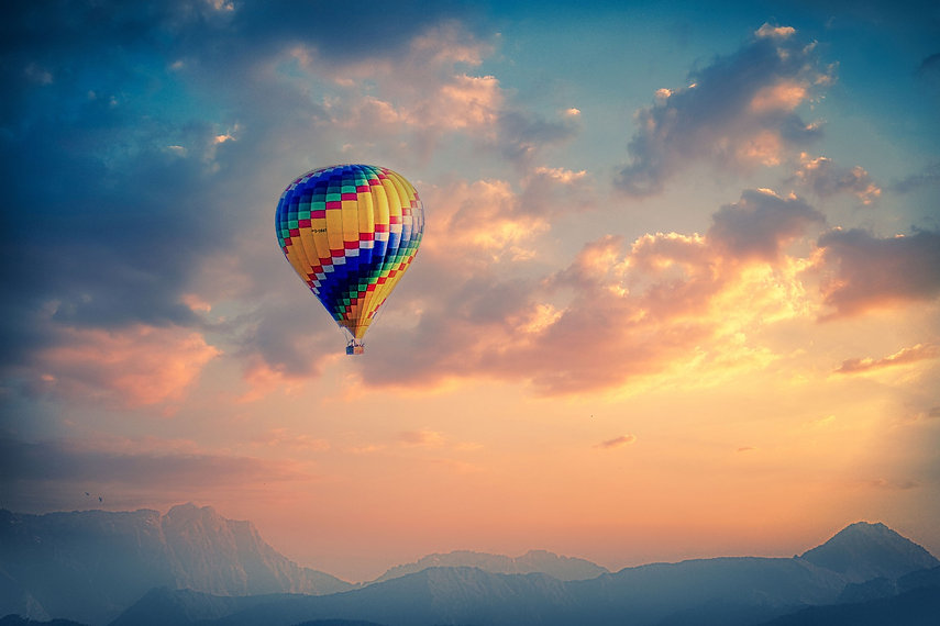 balloon-5298566_1920.jpg