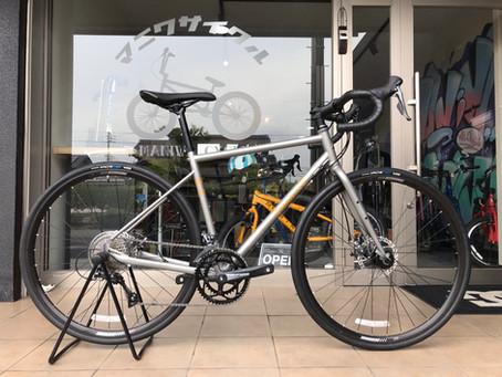 【MARINBIKES】ロードバイク+太いタイヤ=グラベルロード!オールラウンドな使い勝手◎な1台!!