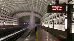 Rain water pours into Virginia Metro Stn
