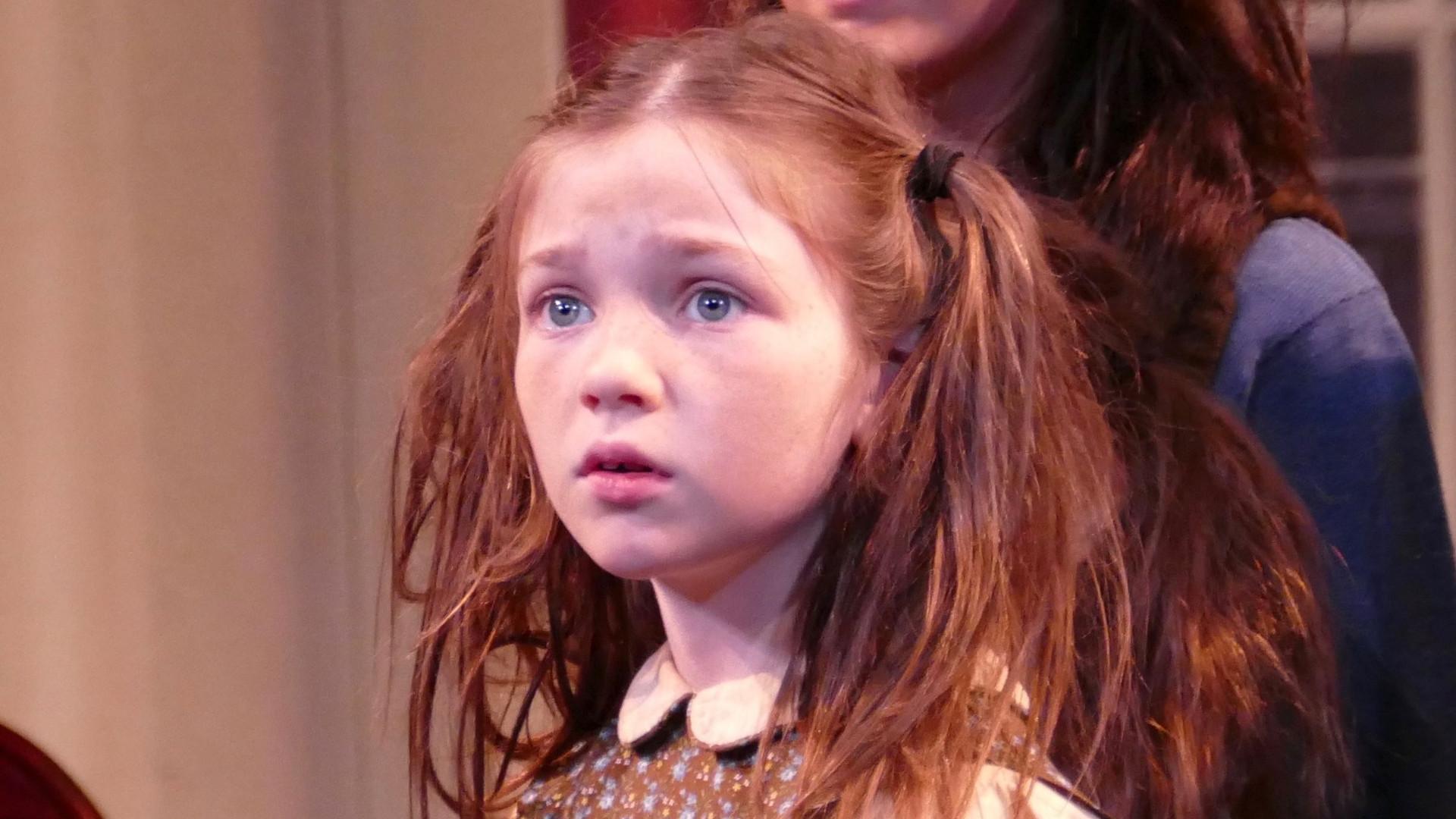 Alexa Swinton as Molly