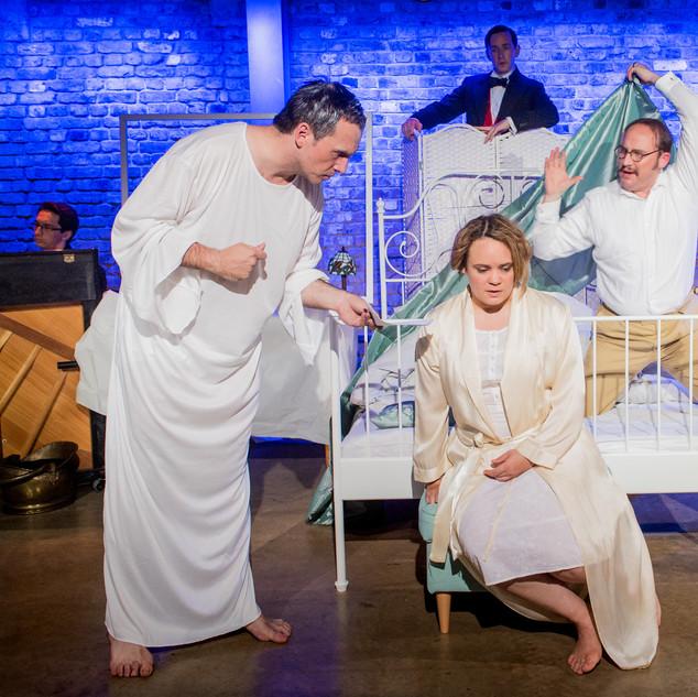 Julia in Rossini's The Silken Ladder