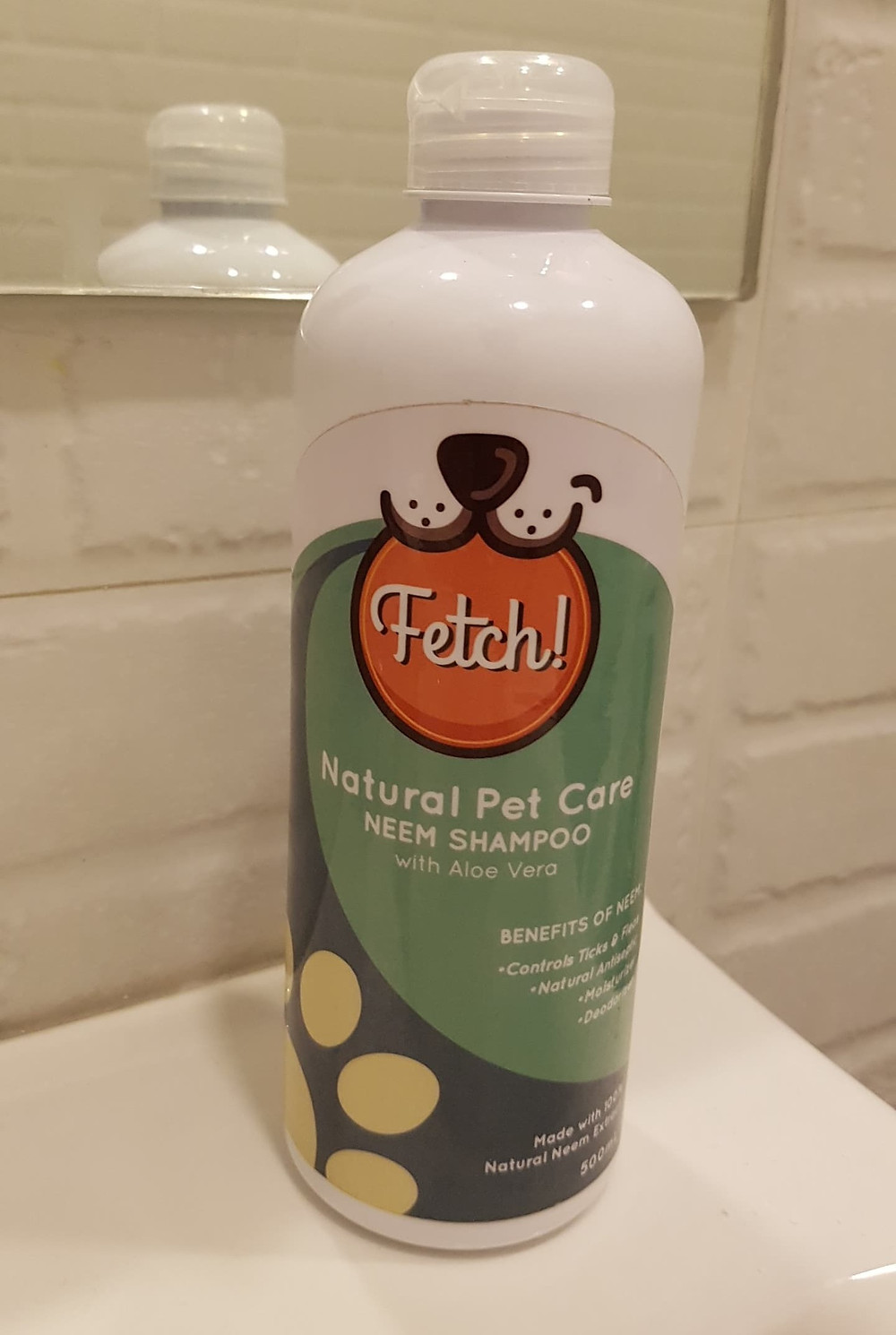 Fetch! Naturals Neem Shampoo for pets and humans