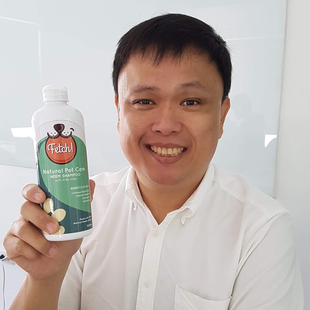 Human who proudly uses pet brand Fetch! Naturals for himself