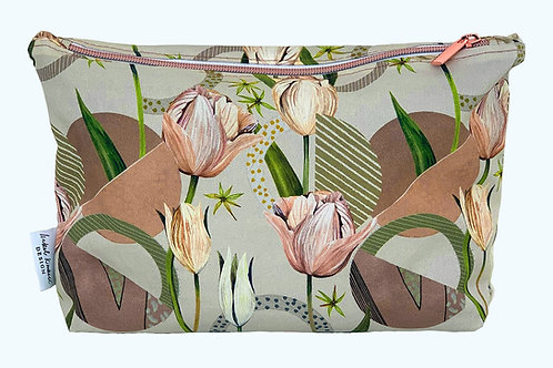 Tulip Garden Washbag in Mink