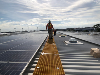 ทางเดินสำหรับงานซ่อมบำรุง Solar Roof