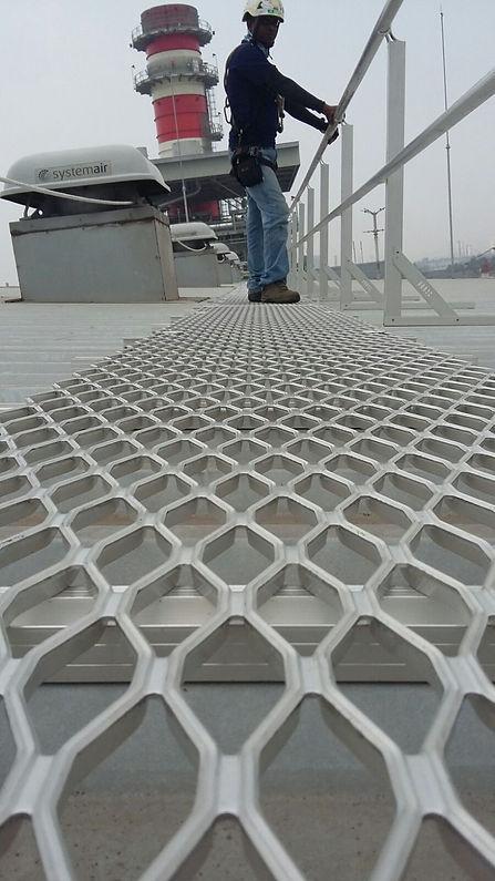 aluminium walkway ทางเดินบนหลังคา
