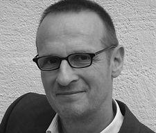 Jonas Peters, Autor Content Matketing