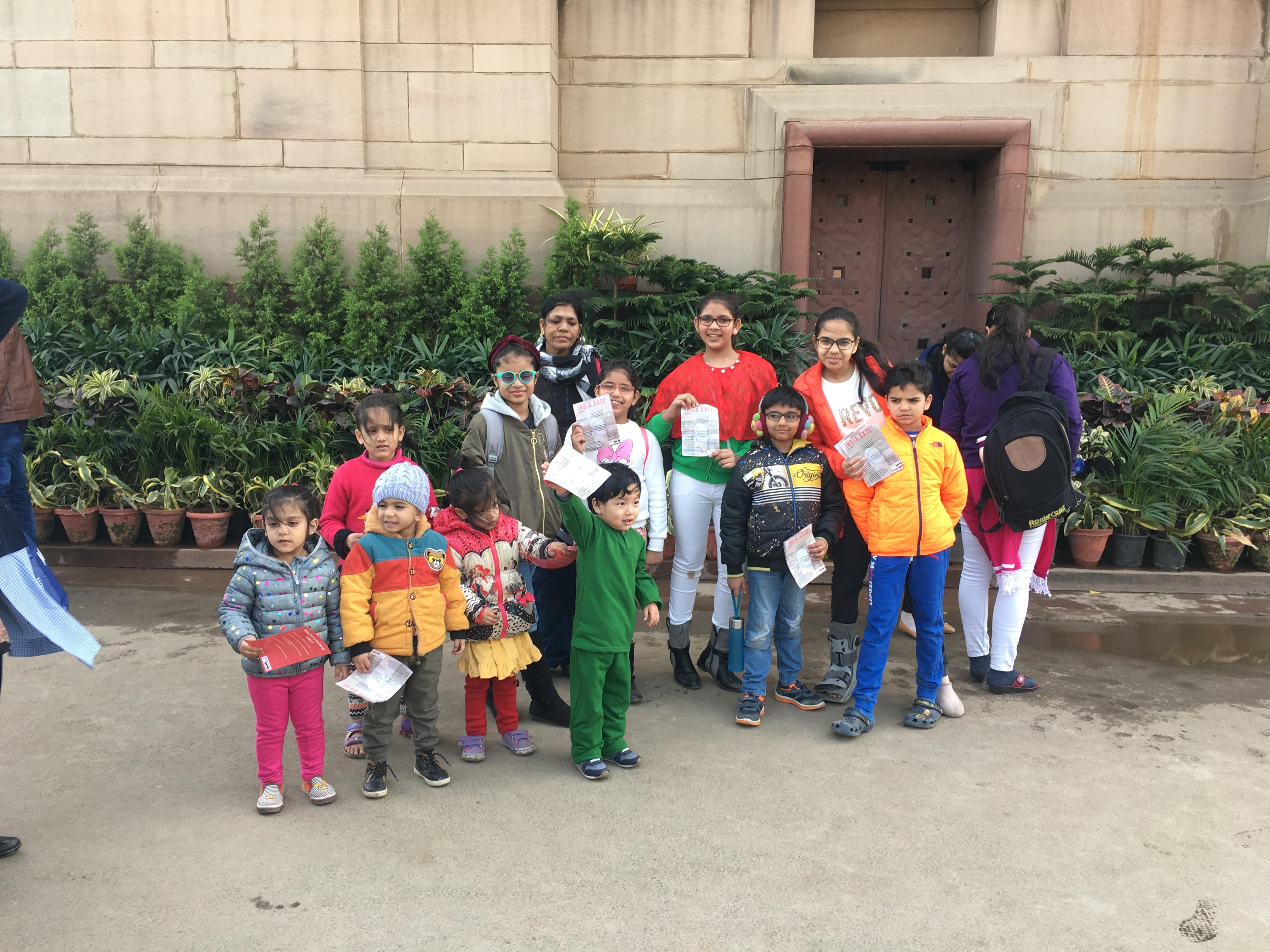 FunWagon-India Gate tours.jpg
