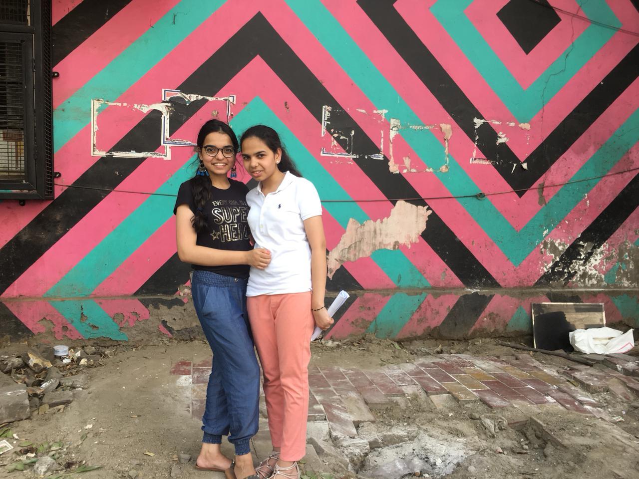 New Delhi Lodhi Art Tour with Fun Wagon.