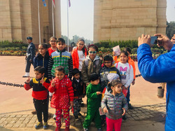 India Gate educational tours with kids.j