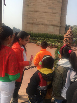 India Gate educational tours for kids.jp