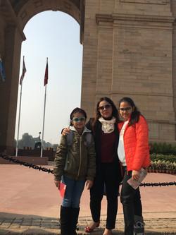 FunWagon_India Gate tours.jpg