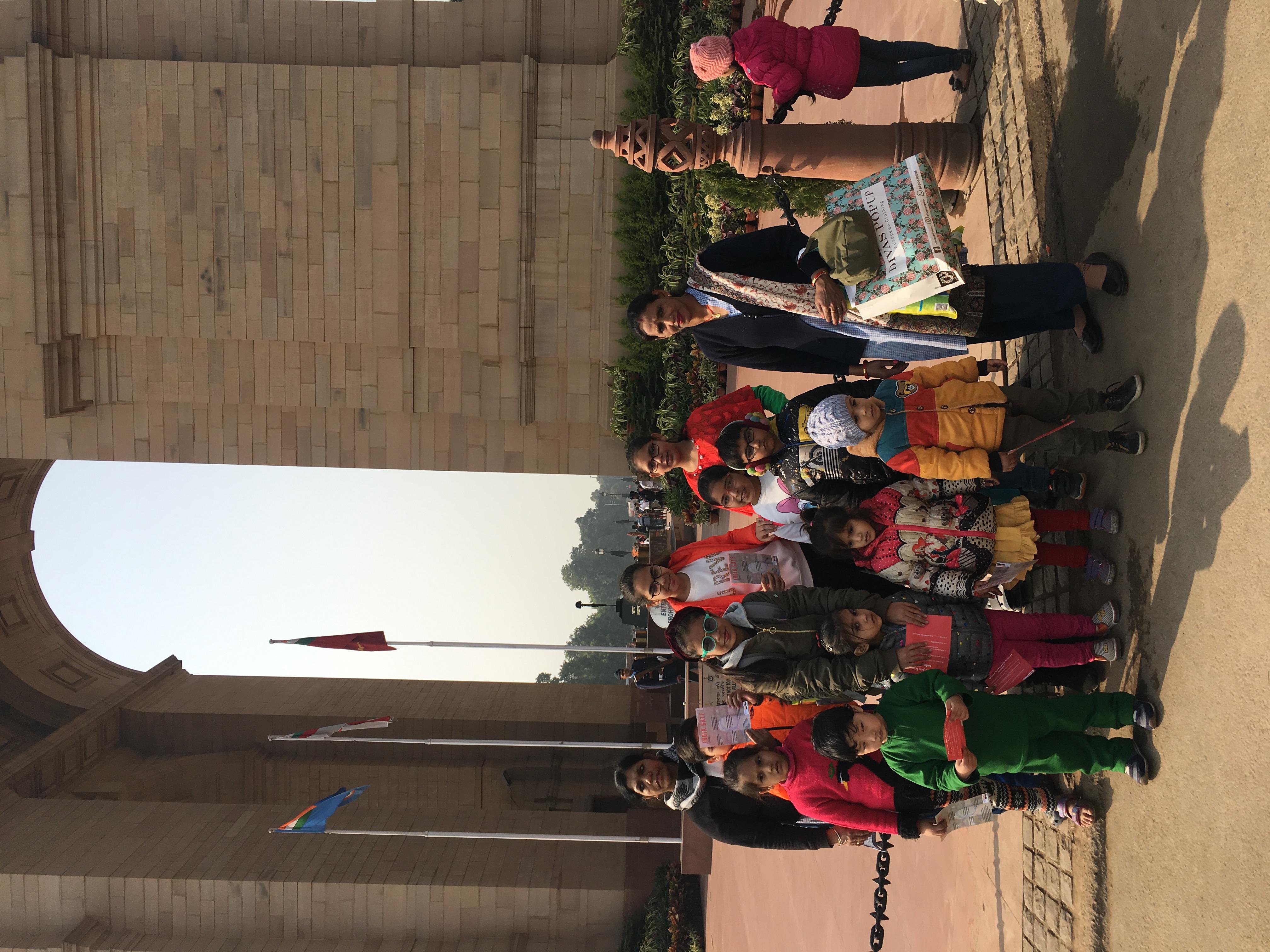 FunWagon India Gate tours.jpg