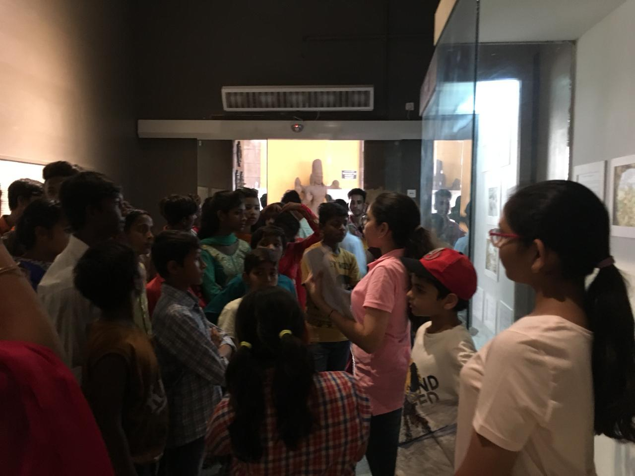 national museum New Delhi tour with stud
