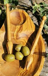 25cm x12 cm Olive wood Olive bowl
