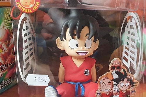 Figura Mealheiro Goku