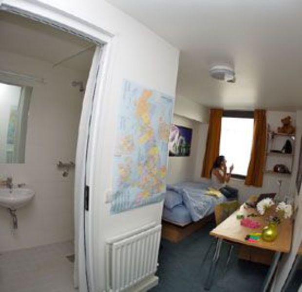 Bellerbys Brighton student's room