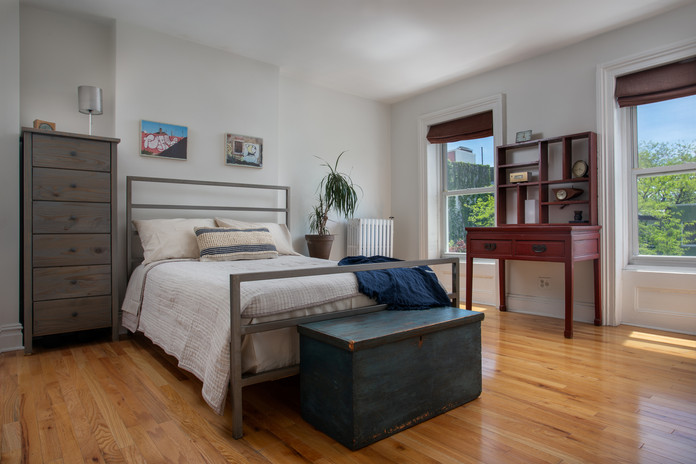 Guest Bedroom-1.jpg