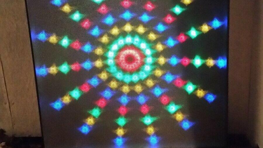 Huge 4 color LED CW-48