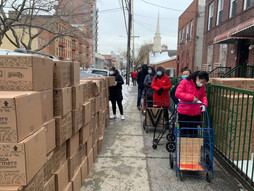 2/15 PCR Volunteers delivers Food of LOVE