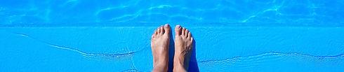 feetAtPool_-_4608_%25C3%2583%25C2%2597_2