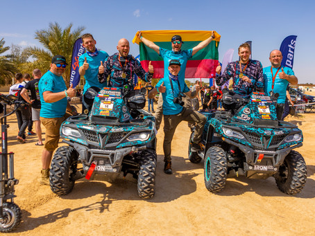 The CFMOTO Factory Racing Team duo returns from Sahara with the Fenix Rally Medals