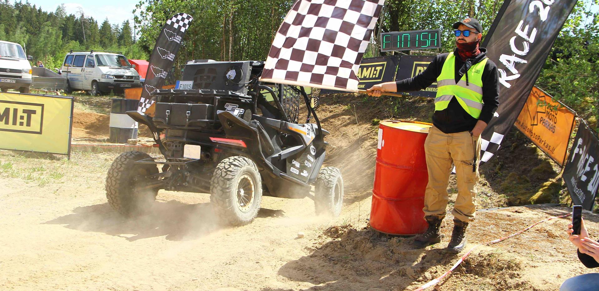 cfmoto racingteam sand box30.jpeg