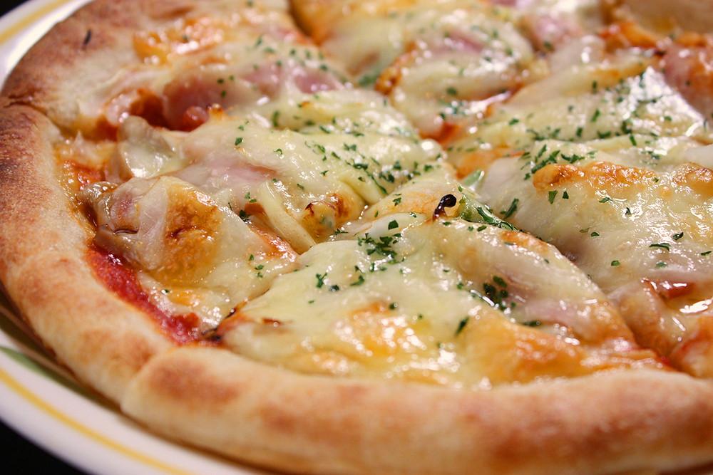 銀禅(ぎんぜん)ピザ