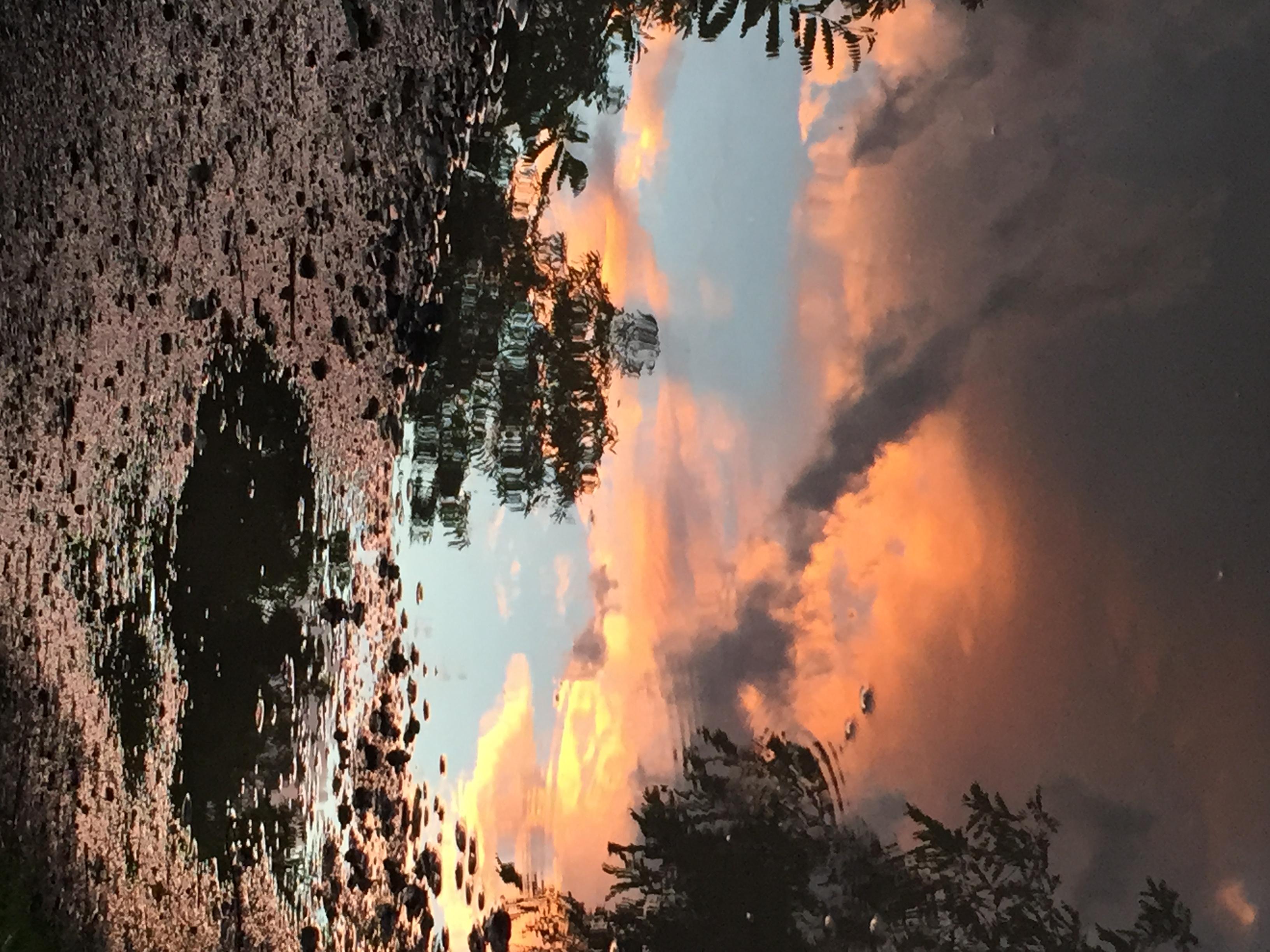 Cielo riflesso in pozzanghera