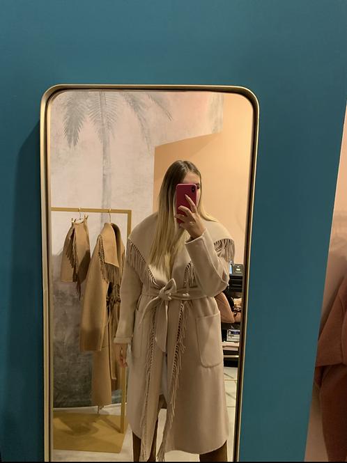 Cappotto a vestaglia con frange