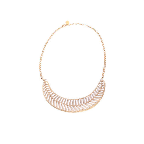 GOLDEN AND WHITE NECKLACE