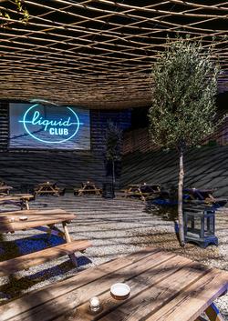 Liquid Club Olot - Dezain Architects