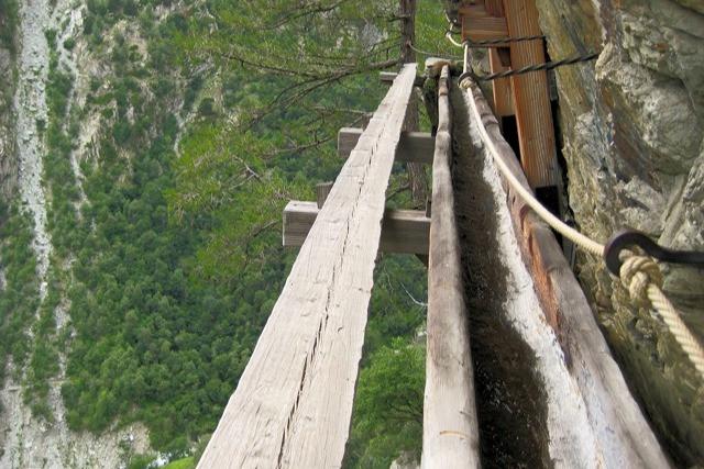Chänelzug Mehheji. Adventurous trail running in the Alps