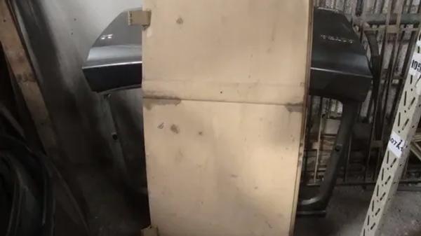 Porta Lateral De Kombi Furgão