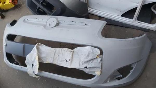 Parachoque Dianteiro Fiat Palio 2015
