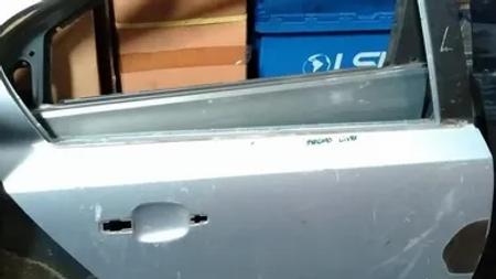 Porta Traseira Direita Gm Vectra Sedan