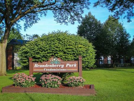 BRANDENBERRY PARK CONDOS