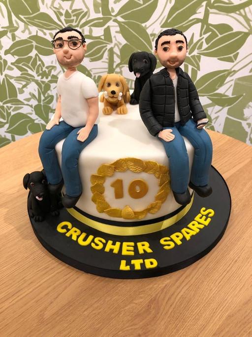 Comemorando 10 anos de negócios de sucesso.