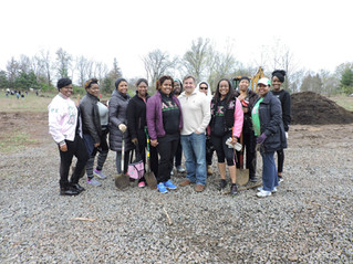 RGO Members and Friends Participate in Earth Day Clean Up